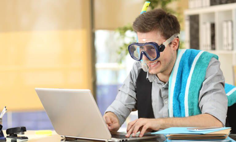 Verano en la oficina: 6 consejos que te ayudarán